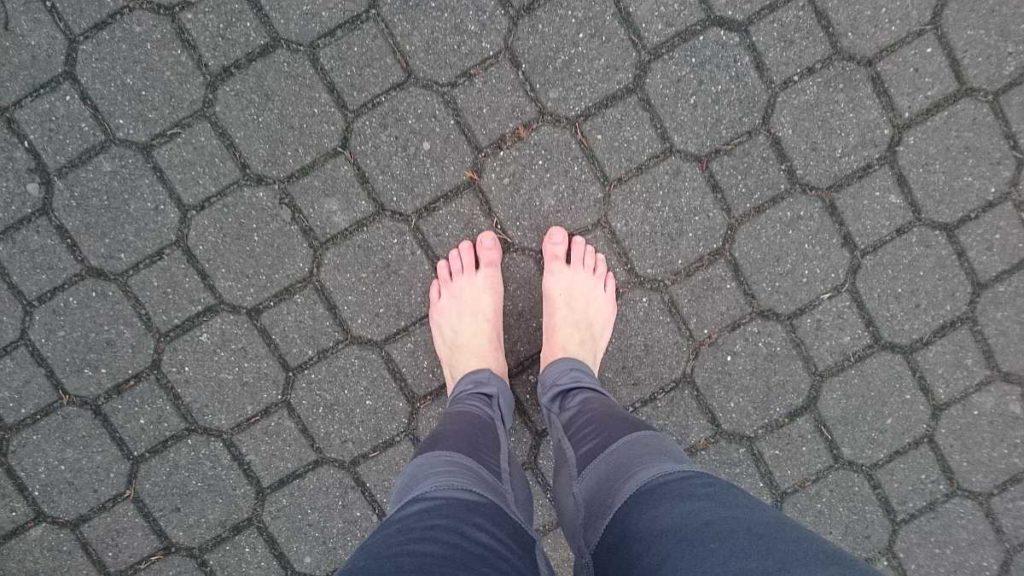 Schuhe aus beim Laufen - auch im Winter